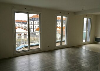 Location Appartement 1 pièce 38m² Clermont-Ferrand (63100) - Photo 1