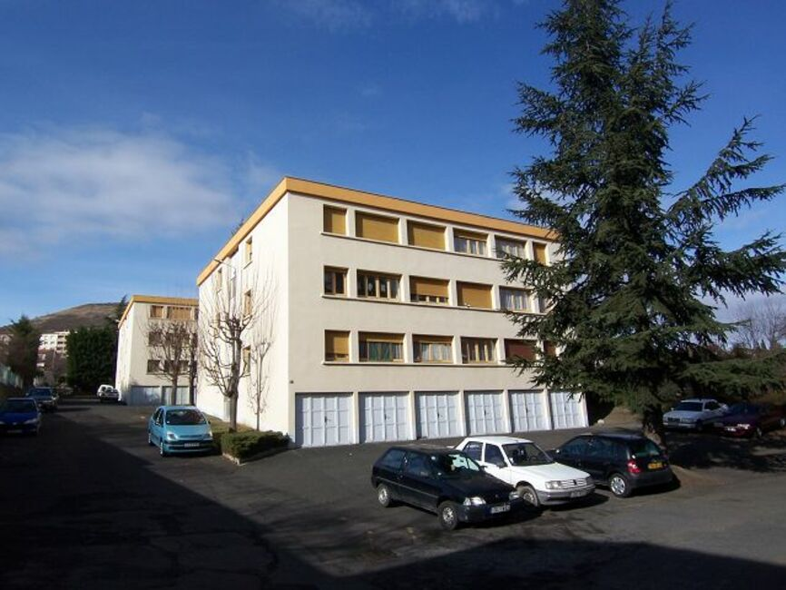 Vente appartement 1 pi ce clermont ferrand 63100 79303 for Vente appartement atypique clermont ferrand