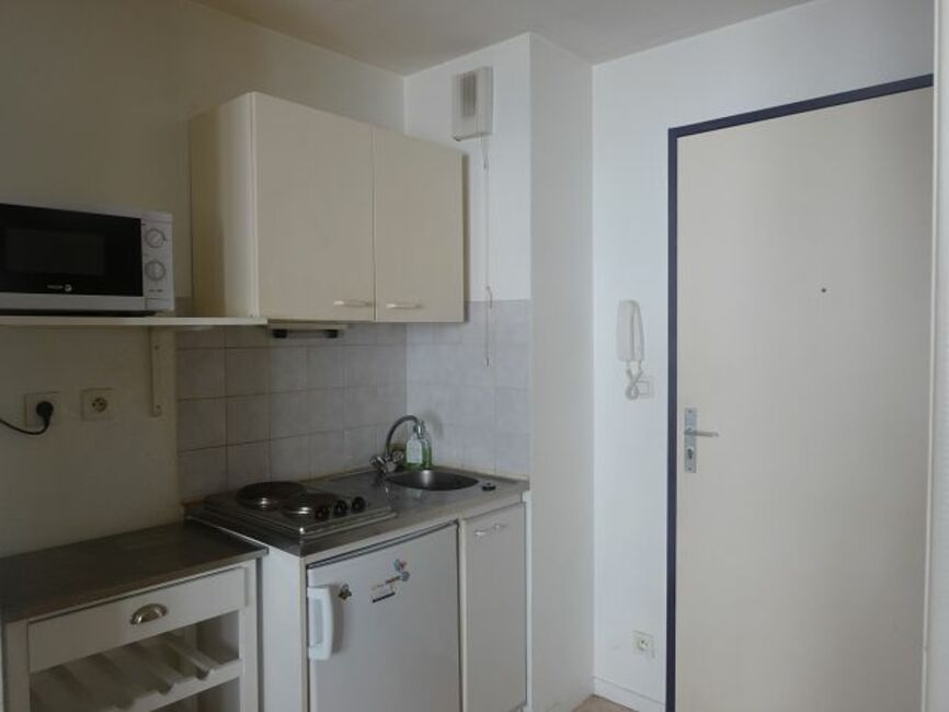 Renting apartment 1 room Clermont-Ferrand (63000) - 309741