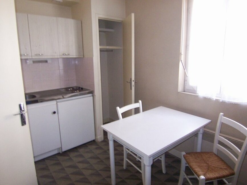 Renting apartment 1 room Clermont-Ferrand (63000) - 340598