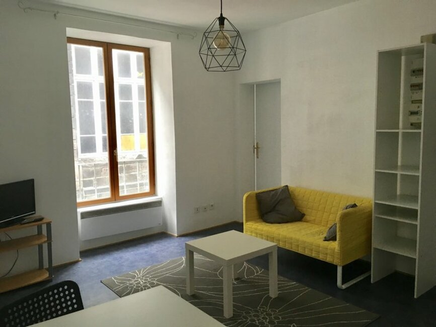 location appartement 2 pi ces clermont ferrand 63000 358715. Black Bedroom Furniture Sets. Home Design Ideas