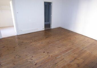 Location Appartement 1 pièce 34m² 3 place du terrail - Photo 1