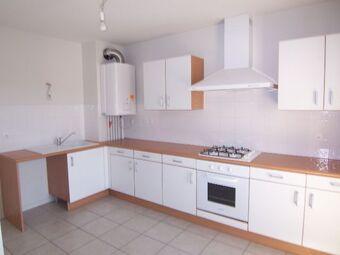Location Appartement 3 pièces 73m² Clermont-Ferrand (63100) - photo