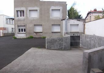 Renting Garage 13m² Clermont-Ferrand (63000) - photo