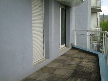Renting Apartment 1 room 38m² Clermont-Ferrand (63100) - photo