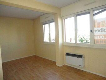 Location Appartement 1 pièce 34m² Clermont-Ferrand (63100) - Photo 1