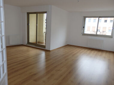 Location Appartement 2 pièces 65m² Strasbourg (67000) - photo
