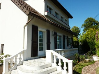 Vente Maison 6 pièces 145m² Sainte-Geneviève-des-Bois (91700) - Photo 1