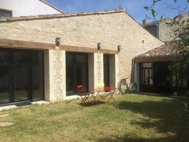 Vente Maison 6 pièces 182m² Le Bois-Plage-en-Ré (17580) - photo