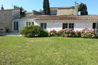 Vente Maison 5 pièces 140m² Saint-Martin-de-Ré (17410) - Photo 1