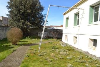 Vente Maison 5 pièces 80m² Le Bois-Plage-en-Ré (17580) - photo