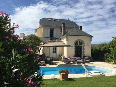 Sale House 7 rooms 180m² Préfailles (44770) - photo