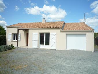 Location Maison 4 pièces 88m² Cheix-en-Retz (44640) - Photo 1