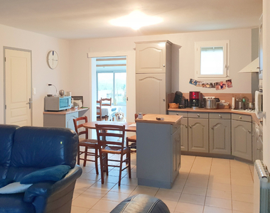 Sale House 5 rooms 104m² FROSSAY - photo
