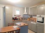 Sale House 5 rooms 104m² FROSSAY - Photo 2