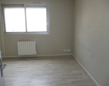 Renting Apartment 1 room 21m² Clermont-Ferrand (63000) - photo