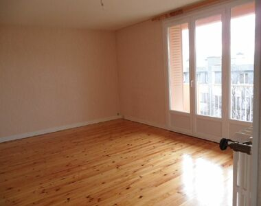Renting Apartment 5 rooms 72m² Clermont-Ferrand (63100) - photo