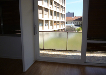 Renting Apartment 3 rooms 68m² Clermont-Ferrand (63000) - photo