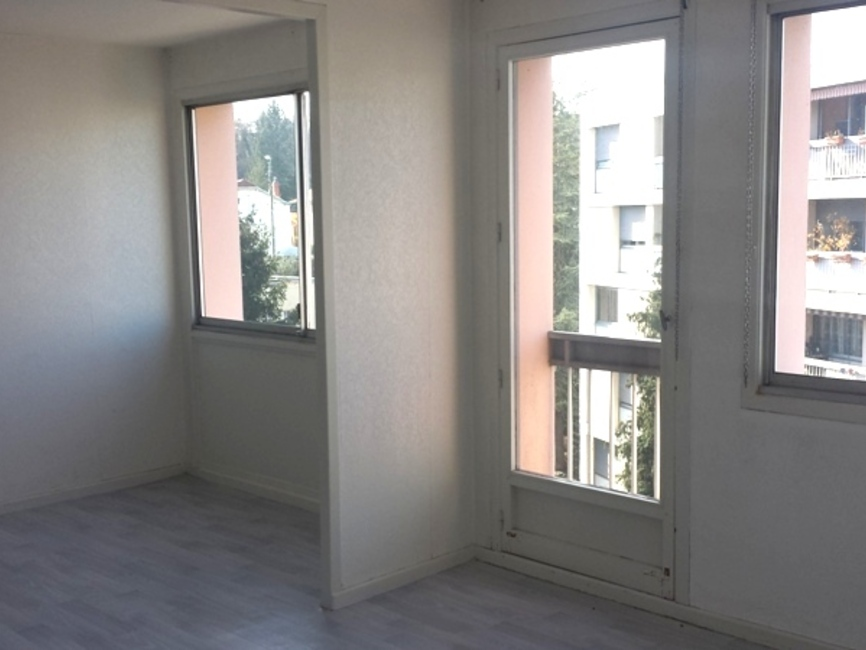 Vente appartement 3 pi ces clermont ferrand 63000 269494 for Vente appartement atypique clermont ferrand