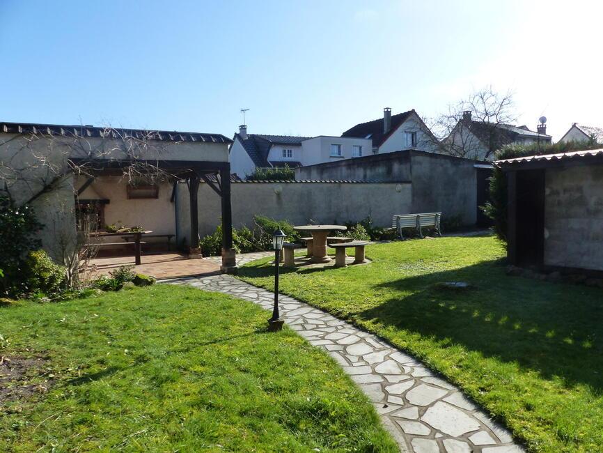 Vente maison 8 pi ces tremblay en france 93290 353921 for Garage tremblay en france