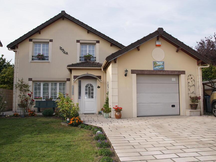 Vente maison 6 pi ces tremblay en france 93290 299586 for Garage tremblay en france