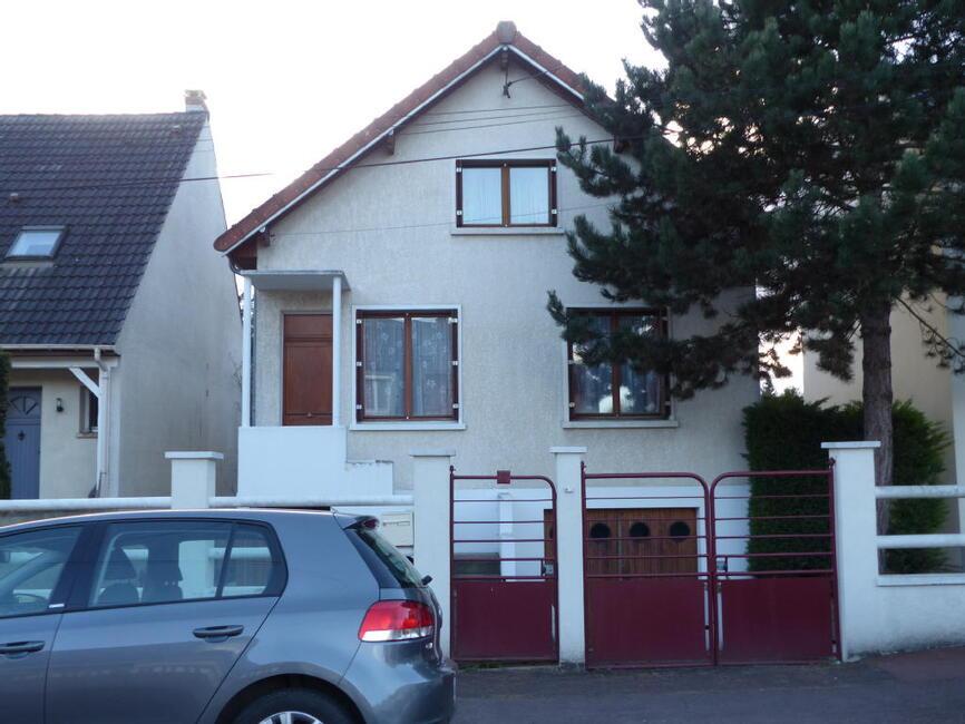 Vente maison 4 pi ces tremblay en france 93290 237792 for Garage tremblay en france