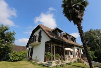 Vente Maison 5 pièces 150m² Pau (64000) - Photo 1