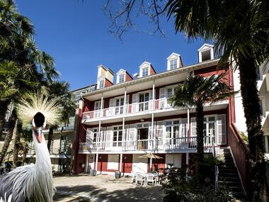 Vente Maison 12 pièces 350m² Pau (64000) - photo
