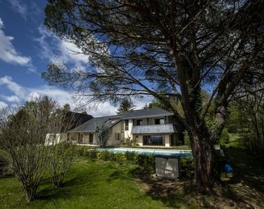 Vente Maison 15 pièces 450m² Serres castet - photo