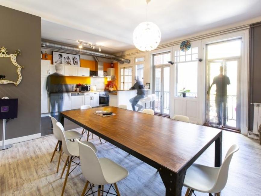 vente appartement 6 pi ces pau 64000 429601. Black Bedroom Furniture Sets. Home Design Ideas