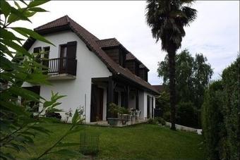 Vente Maison 5 pièces 150m²  - photo