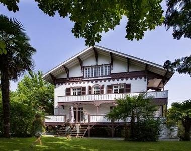 Vente Maison 10 pièces 350m² Pau - photo