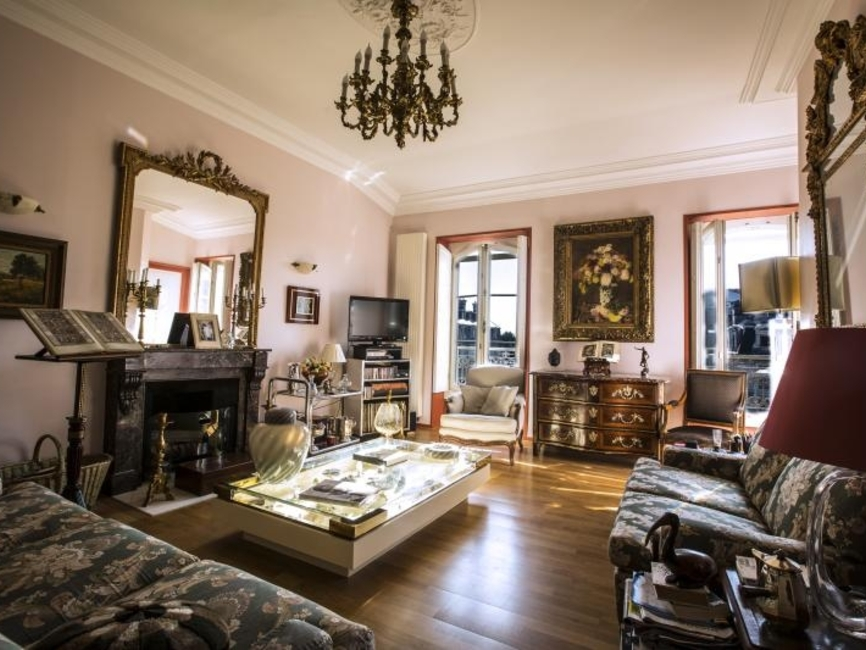 vente appartement 2 pi ces pau 64000 397871. Black Bedroom Furniture Sets. Home Design Ideas