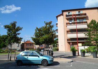 Location Appartement 3 pièces 83m² Le Péage-de-Roussillon (38550) - photo