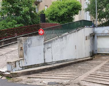 Location Garage 20m² Metz (57000) - photo