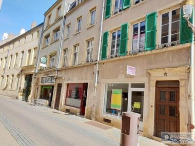 Sale Building 450m² Metz (57000) - photo