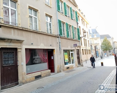 Sale Building 278m² Metz (57000) - photo