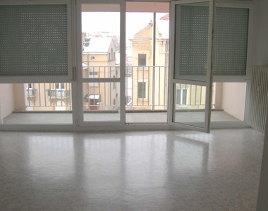 Renting Apartment 1 room 31m² Metz (57000) - photo