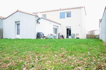 Vente Maison 5 pièces 100m² La Roche-sur-Yon (85000) - Photo 1
