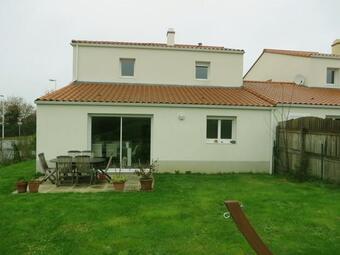 Location Maison 5 pièces 450m² La Roche-sur-Yon (85000) - Photo 1