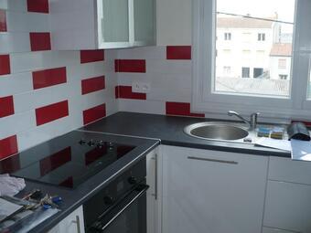 Location Appartement 2 pièces 43m² La Roche-sur-Yon (85000) - photo