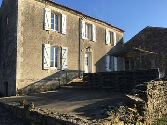 Vente Maison 4 pièces 180m² Saint-Juire-Champgillon (85210) - Photo 1