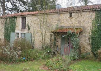 Vente Maison 5 pièces 160m² Sainte-Hermine (85210) - photo