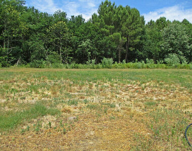 Sale Land 696m² Étaules (17750) - photo