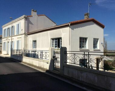 Sale House 10 rooms 290m² Arvert (17530) - photo