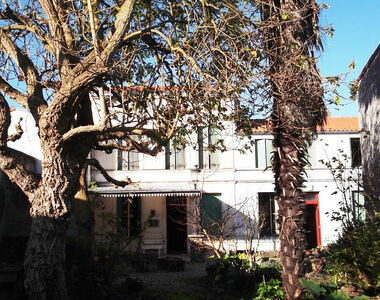 Sale House 18 rooms 350m² Arvert (17530) - photo