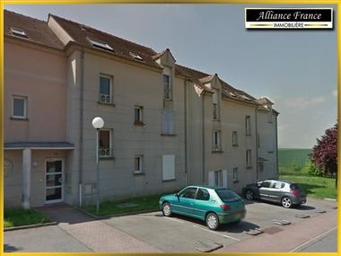 Location Appartement 1 pièce 35m² Marly-la-Ville (95670) - photo