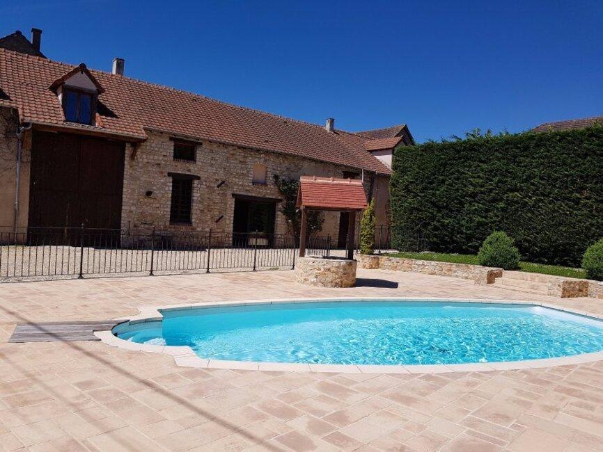 Vente maison 8 pi ces rambouillet 78120 235413 for Rambouillet piscine