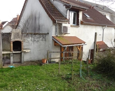 Renting House 5 rooms 136m² Rambouillet (78120) - photo