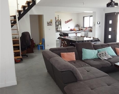 Sale House 6 rooms 150m² Épernon (28230) - photo